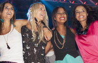 Happy women in nightclub - CAIF01073