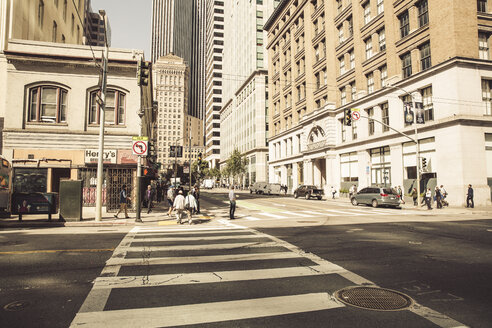 USA, California, San Francisco, street scene - SU00519