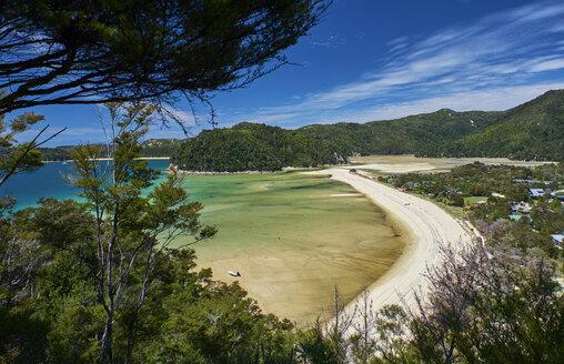 New Zealand, South Island, Abel Tasman National Park, beach and sea - MRF01749