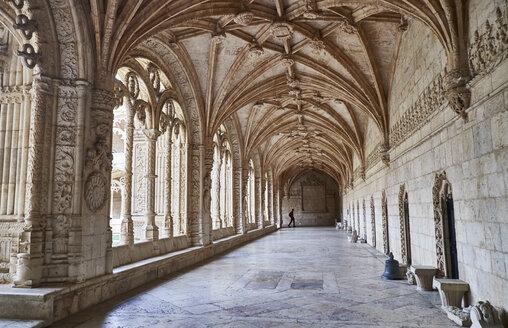 Portugal, Lisbon, Mosteiro dos Jeronimos, cloister - MR01867