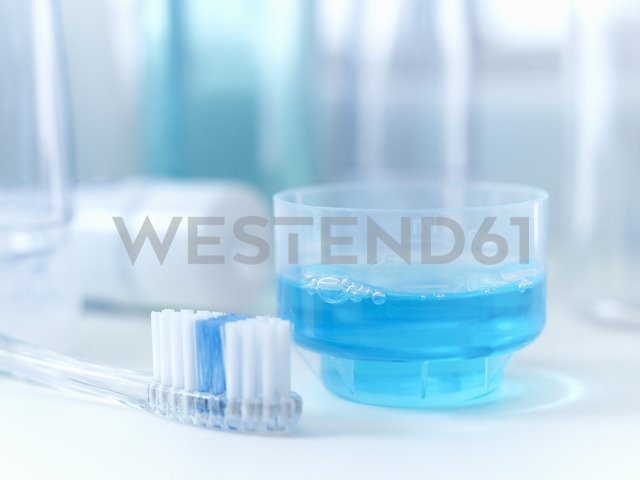 Close up of toothbrush and mouthwash - CAIF02075