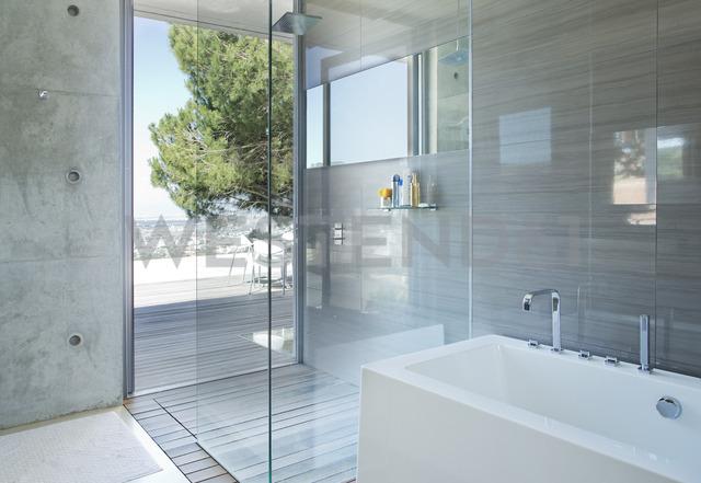 Shower and bath in modern bathroom - CAIF02734