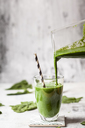 Sugar-free, vegane detox smoothie with spinach, almond milk and banana - SBDF03481
