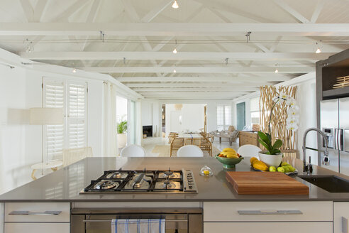 Luxury kitchen and dining room - CAIF03712