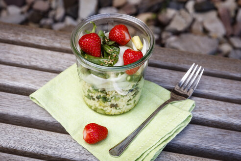 Asparagus salad with millet, strawberry, rocket in glass - EVGF03297