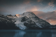 Canada, British Columbia, Rocky Mountains, Mount Robson Provincial Park, Fraser-Fort George H, Berg Lake, Berg Glacier, Mist Glacier - GUSF00347