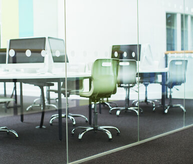 Empty classroom with modern glass walls - CAIF07709