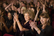 Clapping theater audience - CAIF08113
