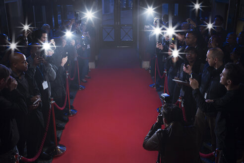 Paparazzi waiting on red carpet - CAIF08155