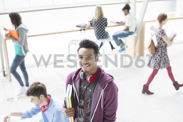 University student smiling - CAIF08191