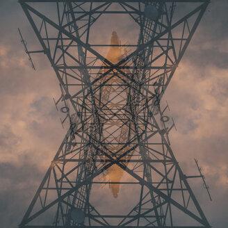 Cuba, power pylon, upward view - GUSF00539