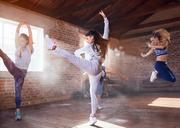 Young hip hop dancers dancing in studio - CAIF09518