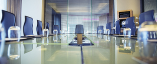 Empty conference room - CAIF15253