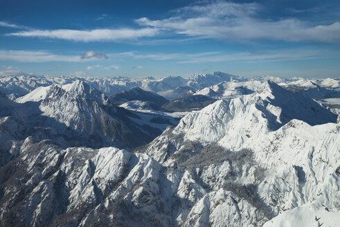 Austria, Salzkammergut, alpine landscape in winter - STCF00393