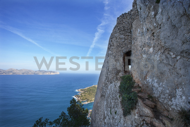 Spain, Balearic Islands, Mallorca, Peninsula Alcudia, hiking trail to Penya del Migdia - WWF04219