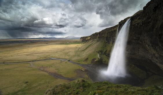 Iceland, Seljalandsfoss Waterfall - STCF00513