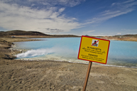 Iceland, Myvatn, artificial lake of Bjarnarflag Power Station, warning sign - STCF00537