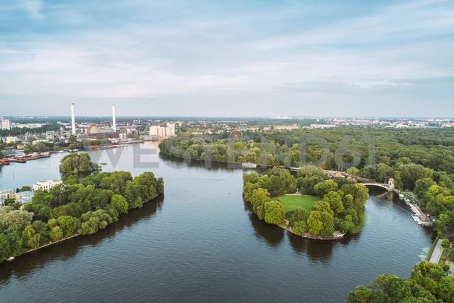 Germany, Berlin, Treptow Park - TAMF00993