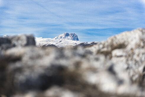 Italy, Abruzzo, Gran Sasso e Monti della Laga National Park, Corno Grande in winter - LOMF00705