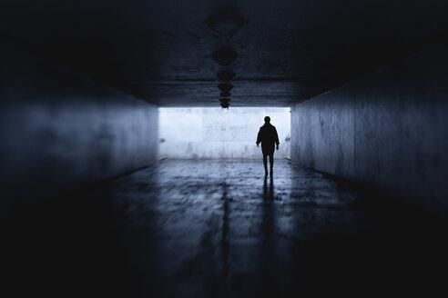Woman at night in dark tunnel - FOLF01767