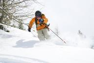 Teenage boy skiing - FOLF02911