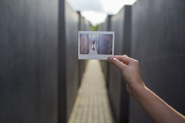 Polaroid photograph in front of Holocaust Memorial - FOLF03668