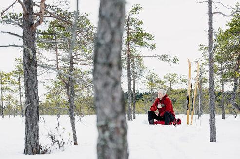 Skier resting in Kindla nature reserve - FOLF04322