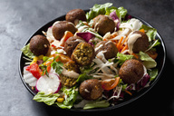 Bowl of mixed salad with vegetable balls - CSF29002