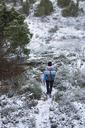 Woman hiking during winter - FOLF06359