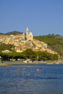 Italy, Liguria, Riviera di Ponente, Cervo, townscape in the evening light - LBF01877