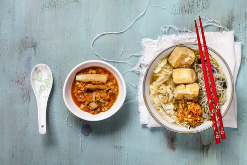 Asian noodle soup with cabbage, tofu, shirataki noodles and homemade kimchi - SBDF03519