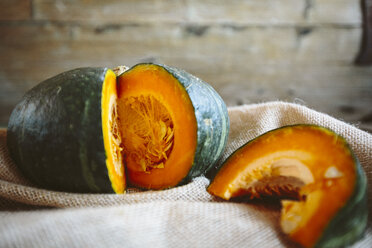 Sliced pumpkin - GIOF03904