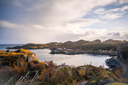 Norway, Lofoten Islands, Nusfjord, coast and sea - WVF00956