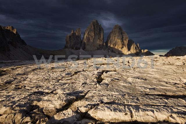 Italy, Sexten Dolomites, Tre Cime di Lavaredo, Nature Park Tre Cime - CVF00327