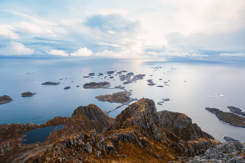 Norway, Lofoten Islands, Henningsvaer - WVF00993