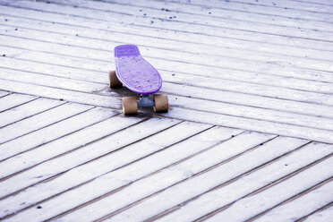Purple skateboard - WVF01051