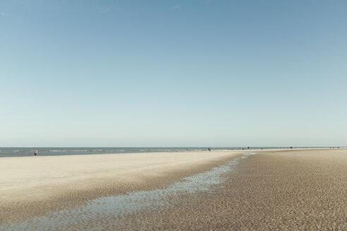 Germany,  Spiekeroog, beach at low tode - DWIF00916