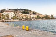Greece, Peloponnese, Argolis, Nauplia, View to Akronauplia Castle - MAMF00031
