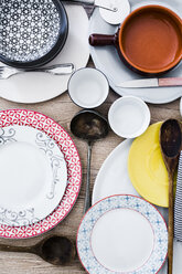 Place setting, chaos - GIOF03915