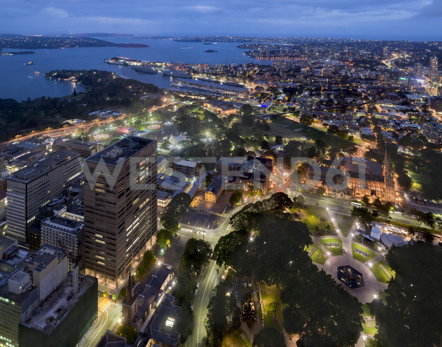 Australia, New South Wales, Sydney, cityscape at night - MKFF00339 - Markus Kapferer/Westend61