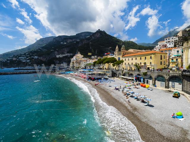 Italy, Campania, Sorrento Peninsula, Amalfi Coast, Amalfi with cathedral - AMF05699