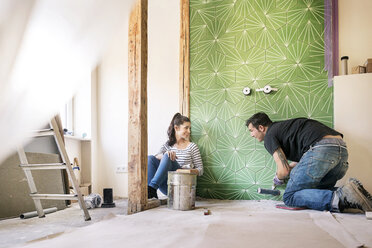 Couple renovating new flat - PESF01044