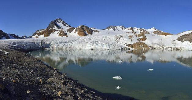 Greenland, East Greenland, Apusiaajik glacier near Kulusuk - ESF01605