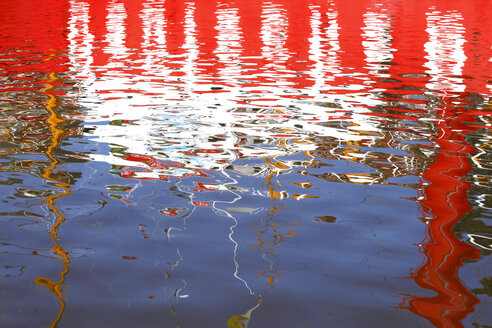 Germany, red and white water reflection - JTF00993