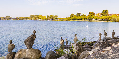 Germany, Radolfzell, Lake Constance, cairns at lakeshore - WD04654