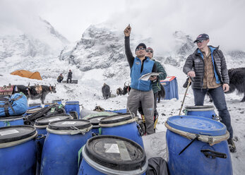 Nepal, Solo Khumbu, Everest Base Camp, Sherpas checking provisions - ALRF01049