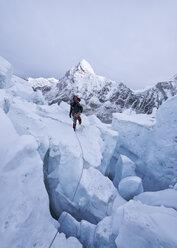 Nepal, Solo Khumbu, Mountaineers on Everest Icefall, Pumori - ALRF01070