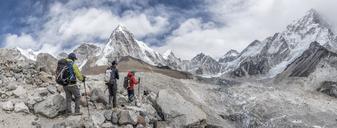 Nepal, Solo Khumbu, Everest, Mountaineers at Gorak Shep - ALRF01097