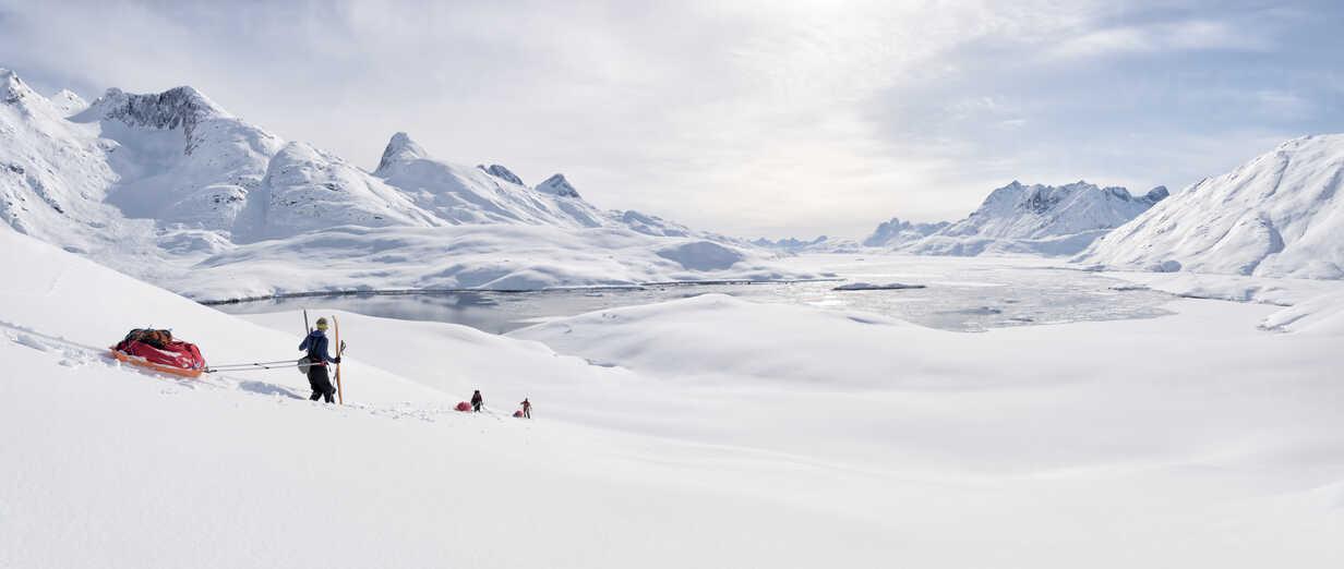 Greenland, Schweizerland Alps, Kulusuk, Tasiilaq, ski tourers - ALRF01215 - Alun Richardson/Westend61