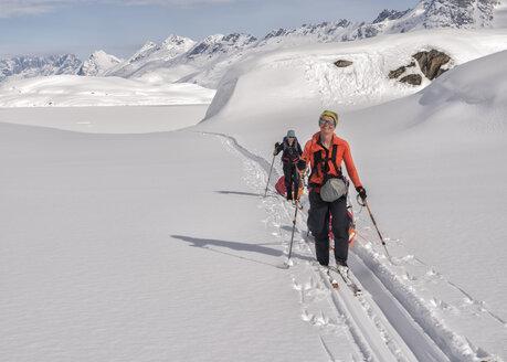 Greenland, Schweizerland Alps, Kulusuk, Tasiilaq, female ski tourers - ALRF01221